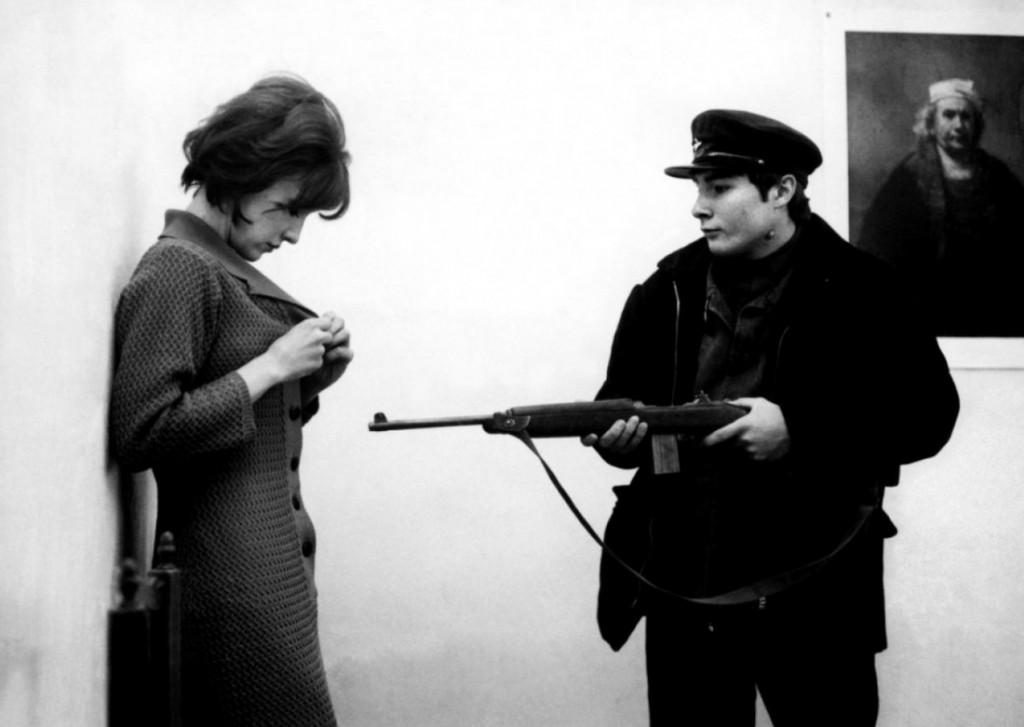Les_Carabiniers_Jean-Luc_Godard_film_2
